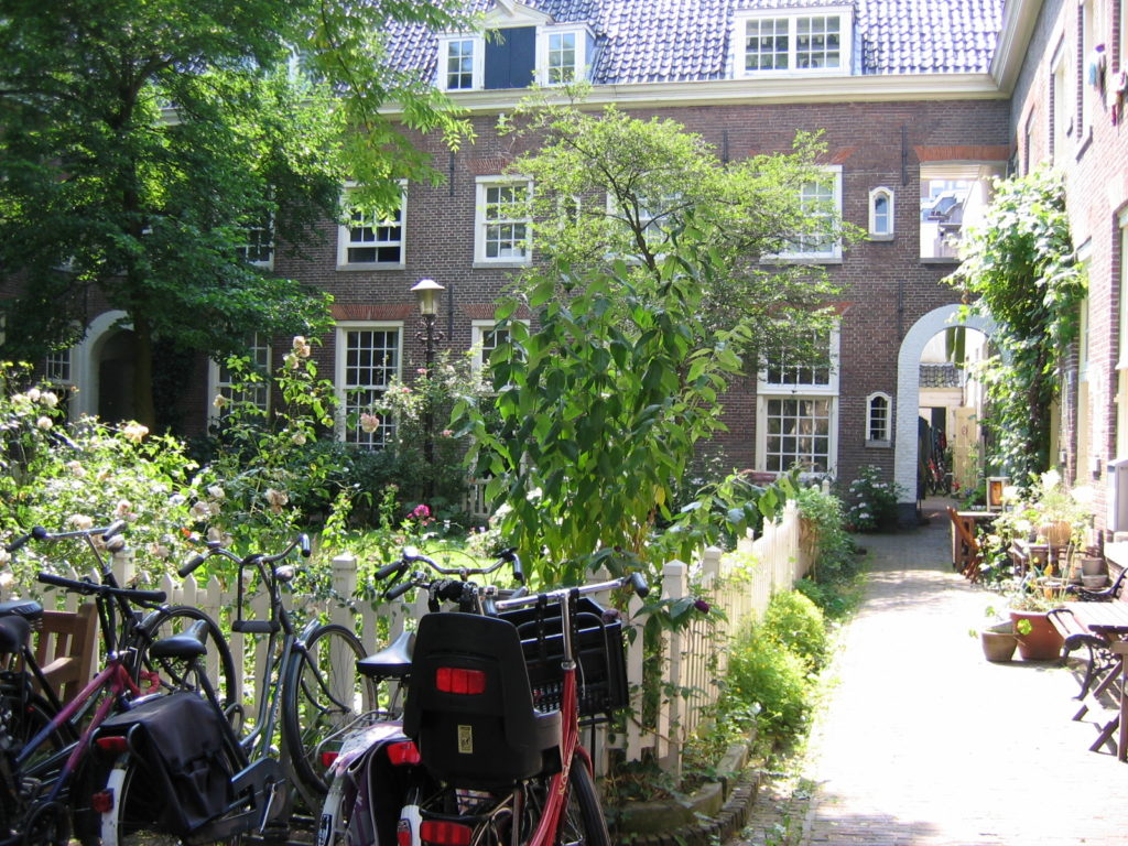 Singing-Neighborhood-of-Amsterdam4
