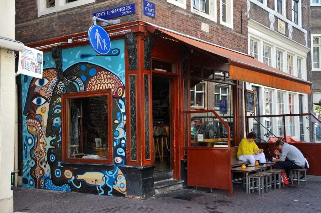 Coffeeshops-Amsterdam3
