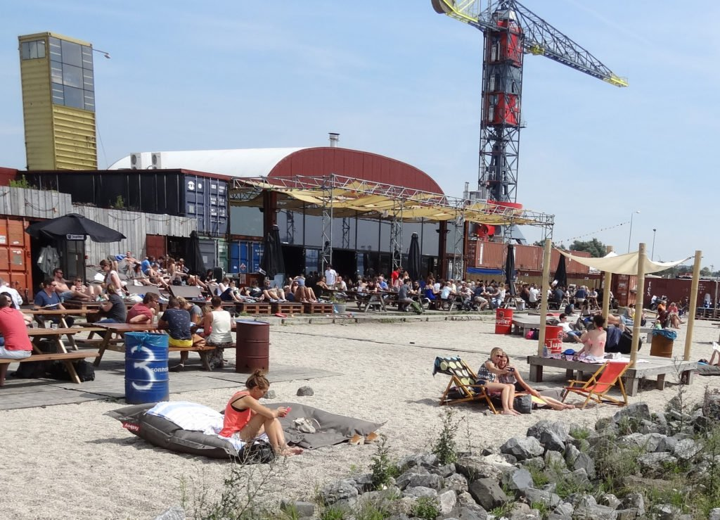 Magnificent The Urban Beaches Of Amsterdam Blog Amsterdam Teleport Hotel Caraccident5 Cool Chair Designs And Ideas Caraccident5Info